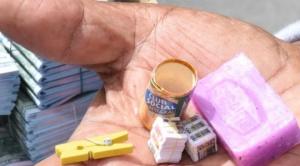 Los mayoristas iniciaron la Alasita 2020 con la entrega de miniaturas a los feriantes 1