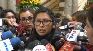 Eva Copa señala que políticos opositores al MAS velan sus intereses personales y pierden credibilidad por sus acciones