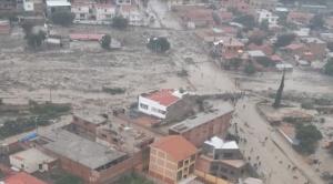 Mazamorra afectó a cinco manzanos en Tiquipaya y se pide a más familias que abandonen el lugar por amenaza de lluvias 1