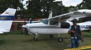 Confiscan seis avionetas vinculadas con el narcotráfico y hay 14 aprehendidos en Warnes