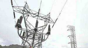 """En abril se determina rebaja de tarifas de electricidad en 30% y Entel anuncia  incentivos"""" para que la población se mantenga en su casa"""