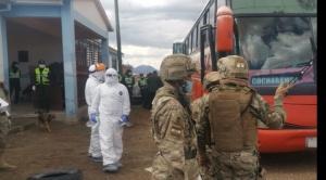 Arriban los últimos 94 bolivianos procedentes del norte de Chile por la frontera de Pisiga