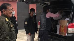 Doria Medina entregó a la Policía 5.600 barbijos producidos en Bolivia