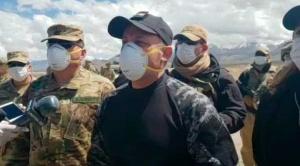 Gobierno suspende repatriación de bolivianos varados en región chilena de Wara, Fuerzas Armadas reforzarán controles