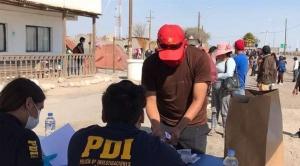 """Gobierno anuncia que """"se están tomando recaudos"""" para que los 300 bolivianos parados en Chile """"puedan entrar"""" al país"""