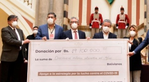 Banqueros y empresarios donan Bs 22 millones para contener el avance del coronavirus en el país 1