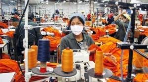 Industria nacional dejó de percibir $us 450 millones por ventas y pide cumbre para salvar al sector