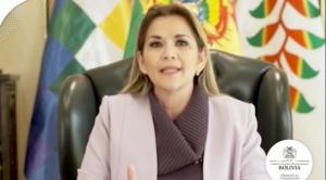 Chuquisaca celebró 211 años del grito libertario con medidas de bioseguridad y promesas de la Presidenta