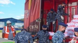 Beni recibe 20 toneladas de alimentos de CBN, mediante vuelos solidarios de Amaszonas 1