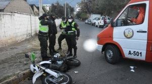 Accidente de tránsito deja a dos policías heridos en Cochabamba
