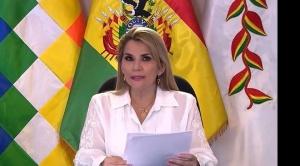 Médico de la presidenta Añez ratifica que será sometida a una nueva prueba de PCR en unos 12 días