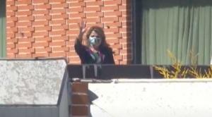 La presidenta Jeanine Áñez comunica que superó el coronavirus