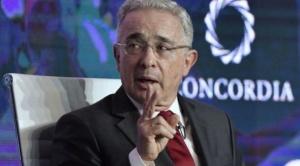 Álvaro Uribe: de qué se acusa al expresidente y por qué su arresto domiciliario es histórico en Colombia
