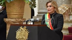 En un discurso con críticas a sus adversarios y al TSE, Añez hizo pocos esfuerzos por llamar a la unidad y a la paz