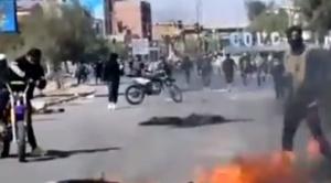 Se registran enfrentamientos entre la Resistencia Cochala y bloqueadores en Colcapirhua 1