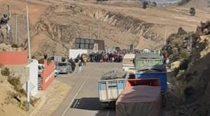 En la segunda semana de bloqueo de carreteras, Bolivia roza los 90.000 casos de la COVID-19 1