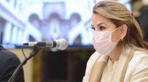 """Áñez: """"Bolivia no necesita bloqueos, necesita unidad ante la pandemia"""""""