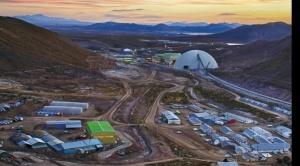 Minera San Cristóbal suspende operaciones tras confirmar 41 contagios de coronavirus y un fallecido