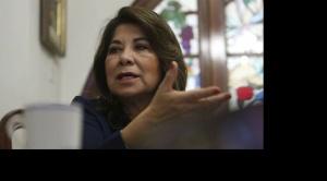 """Senadora del MAS se indigna por expresiones """"racistas"""" de congresista peruana"""