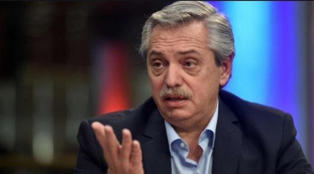 Heterodoxia y congelar el pago de la deuda, la receta económica del nuevo Gobierno de Argentina