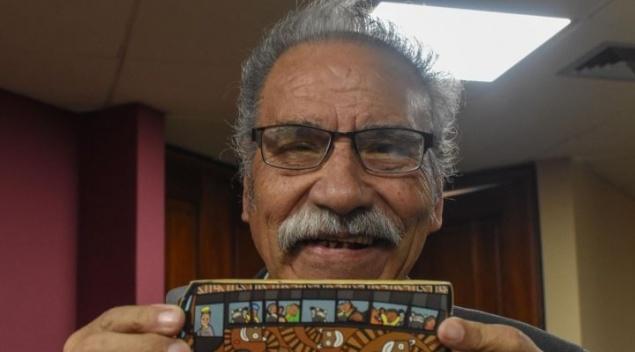 Los PumaKataris inspiran a un profesor jubilado a escribirle poemas